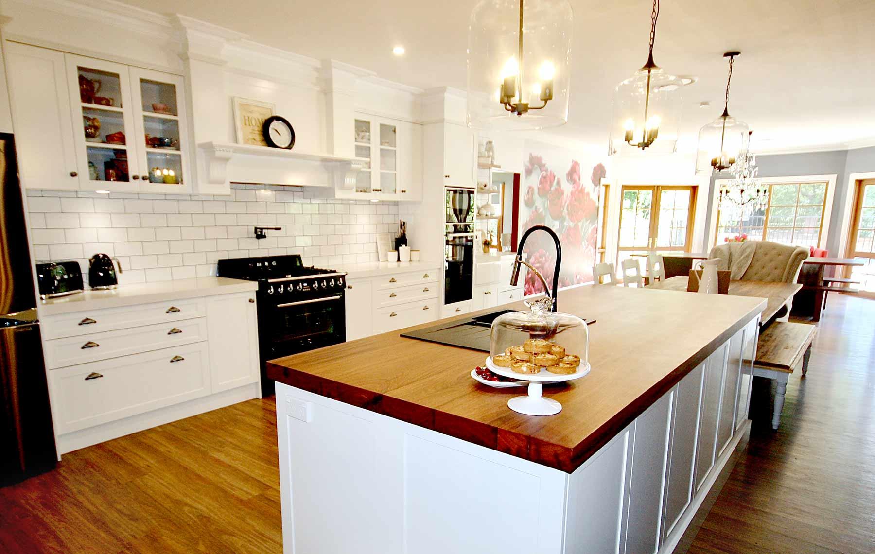 Kitchens By Emanuel Provincial Hamptons Kitchens